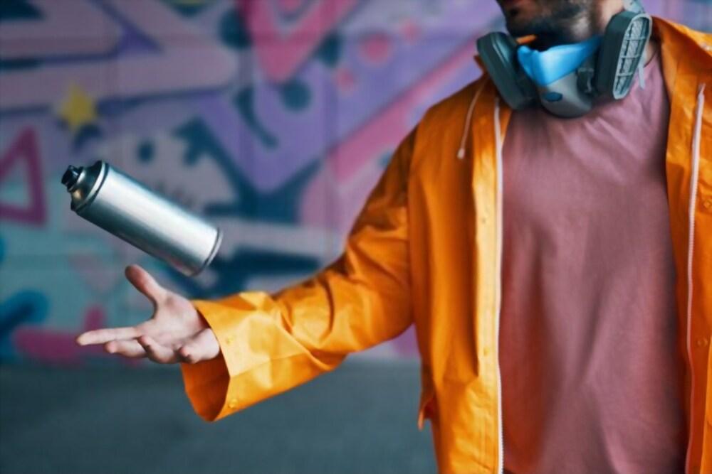 Utiliser une bombe de peinture pour peindre comme un pro